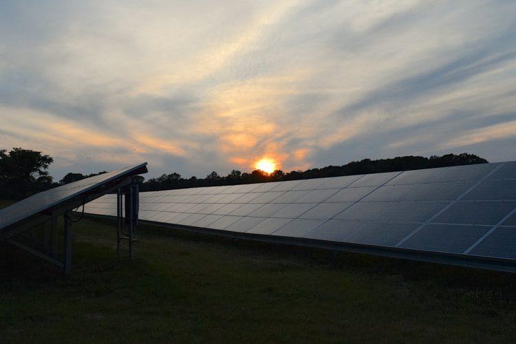 La energía solar crece
